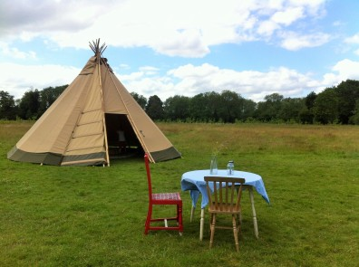 tipi and table (2)