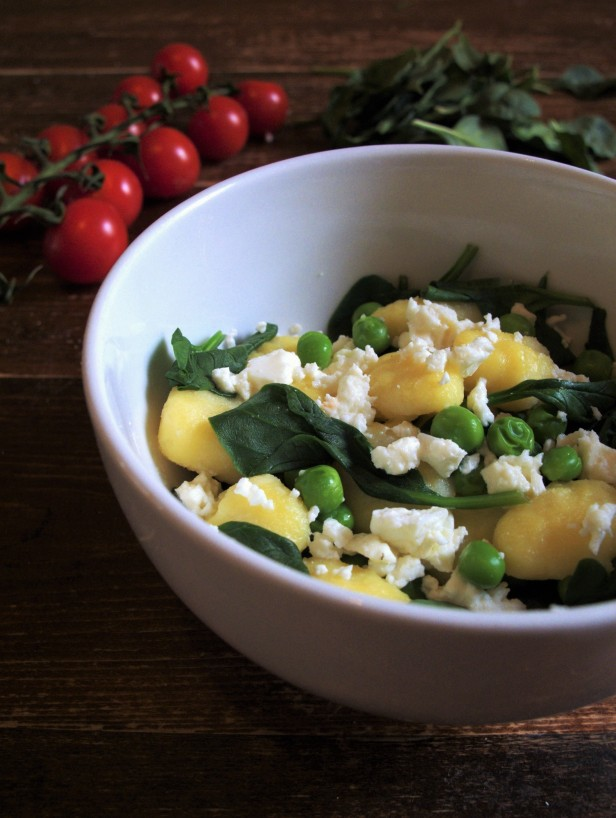 Gnocchi with feta spinach and peas large.jpg