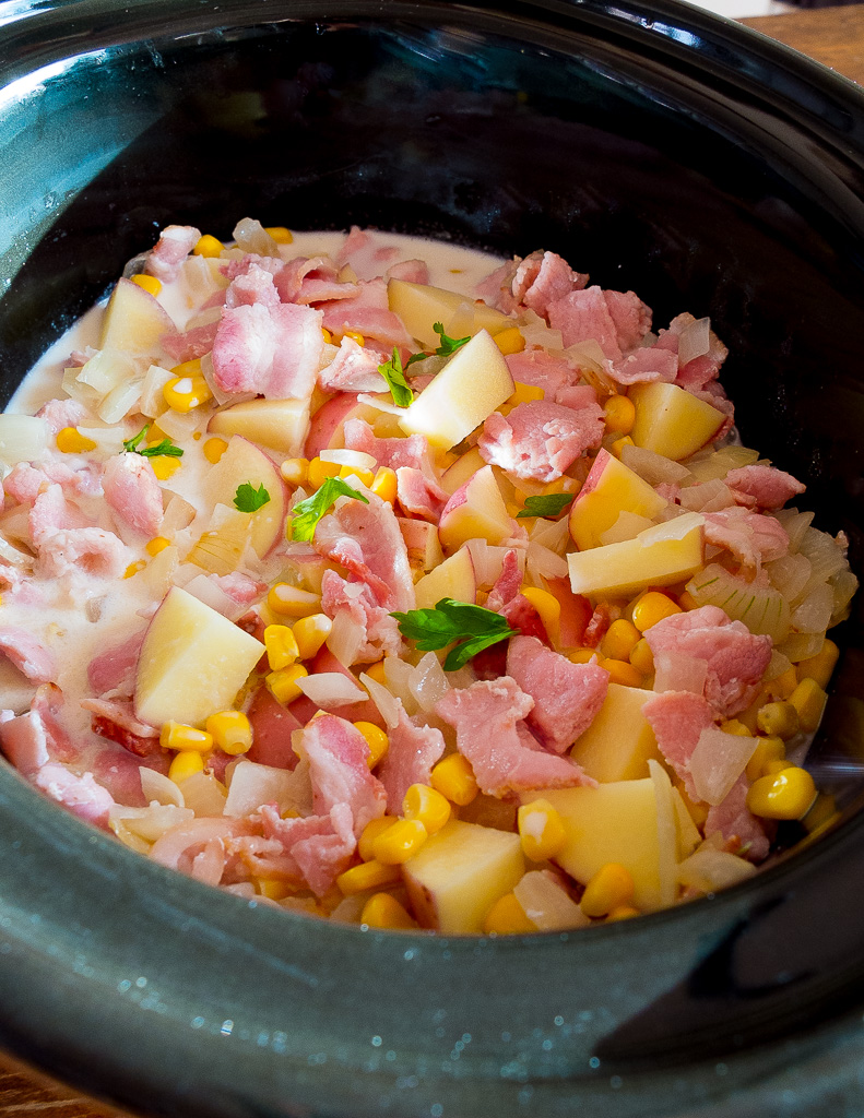 slow cooker crock pot bacon and sweetcorn chower recipe