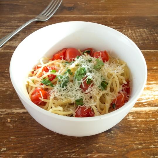 easy tomato spaghetti pasta
